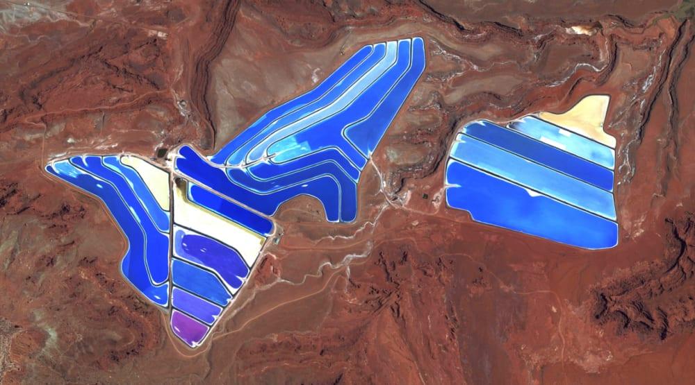 4. MOAB POTASH EVAPORATION PONDS // 38·485579°, –109·684611°