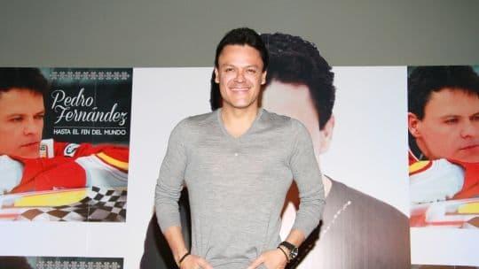 Afirman que Pedro Fernández regresa a Televisa luego de su abrupta y polémica salida del canal