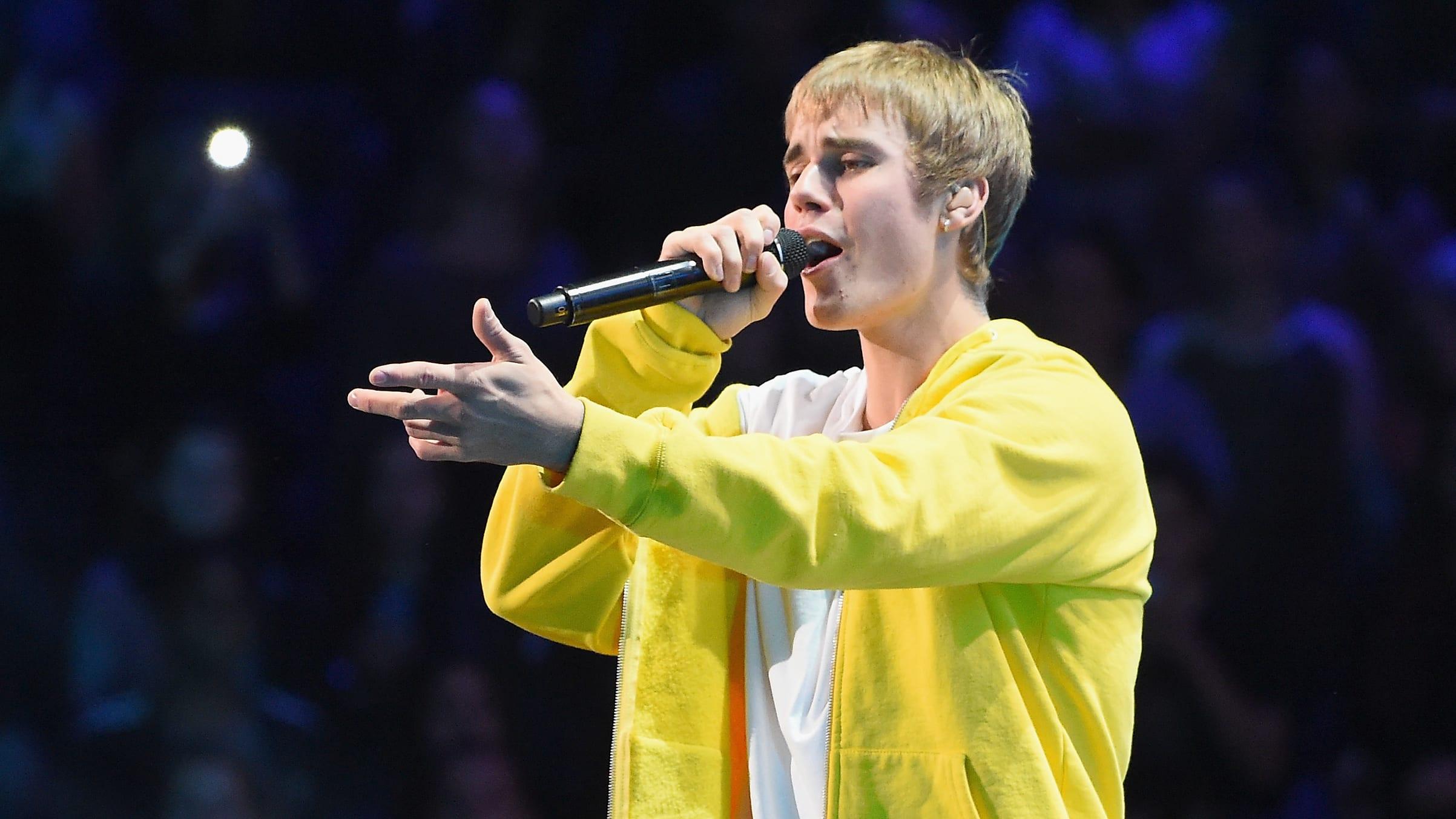 Justin Bieber regresa a la música con tema junto a Ariana Grande, Shawn Mendes y Miley Cyrus