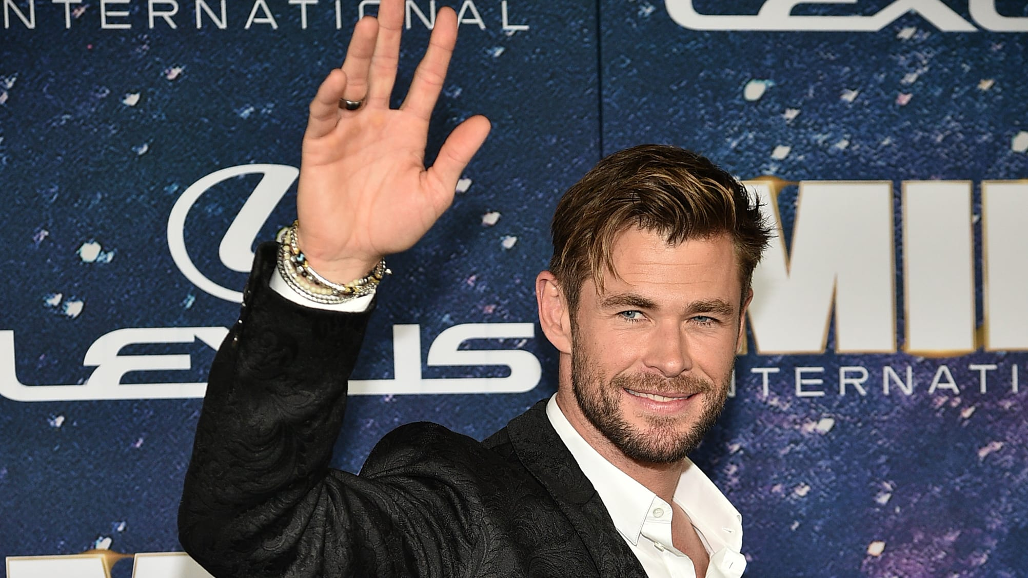 """NEW YORK, NEW YORK - JUNE 11:  Chris Hemsworth attends """"Men In Black International"""" World Premiere at AMC Loews Lincoln Square 13 on June 11, 2019 in New York City. (Photo by Theo Wargo/Getty Images)"""