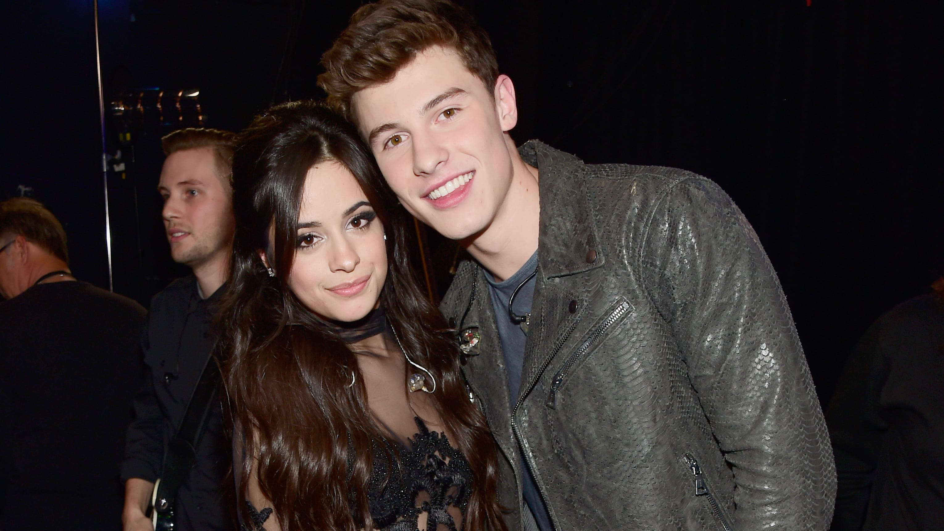LOS ANGELES, CA - JANUARY 06:  Singer Camila Cabello and Shawn Mendes attend the People's Choice Awards 2016 at Microsoft Theater on January 6, 2016 in Los Angeles, California.  (Photo by Frazer Harrison/Getty Images for The People's Choice Awards)
