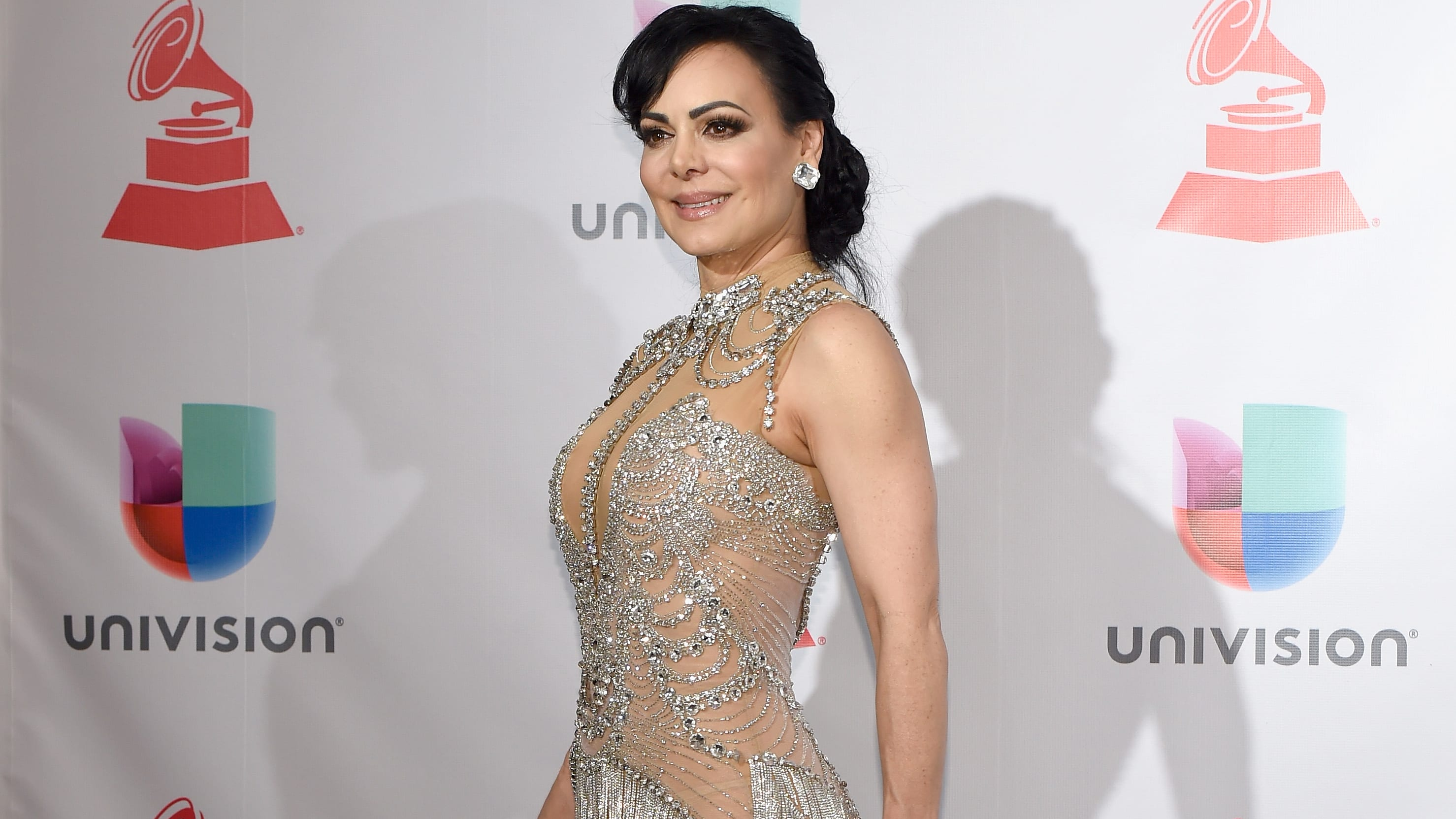 LAS VEGAS, NV - NOVEMBER 16:  Maribel Guardia poses in the press room during The 18th Annual Latin Grammy Awards at MGM Grand Garden Arena on November 16, 2017 in Las Vegas, Nevada.  (Photo by David Becker/Getty Images )