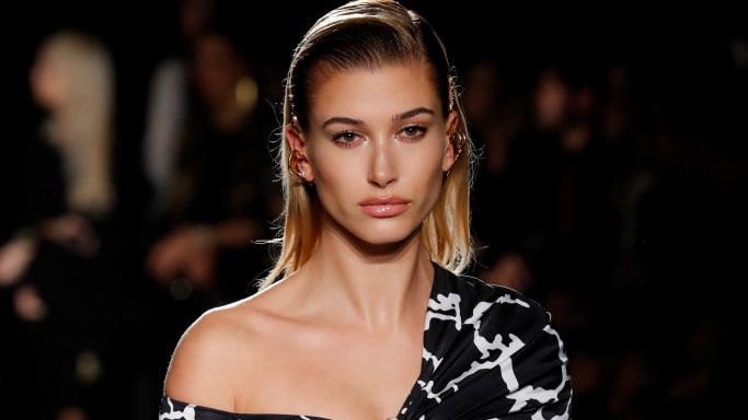 Hailey Baldwin Claps Back at Hater Criticizing Her Over Justin Bieber's Wealth