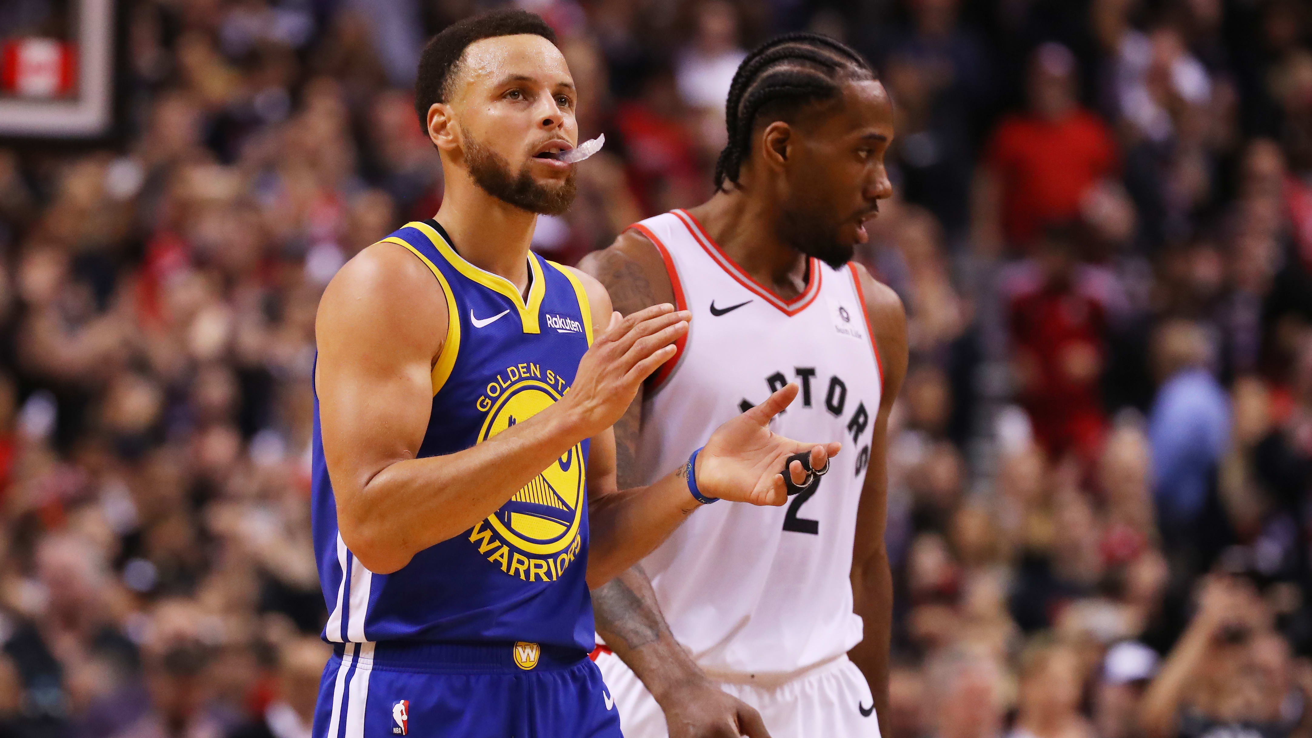 TORONTO, ONTARIO - MAY 30:  Stephen Curry #30 of the Golden State Warriors reacts against the Toronto Raptors in the second half during Game One of the 2019 NBA Finals at Scotiabank Arena on May 30, 2019 in Toronto, Canada. NOTE TO USER: User expressly acknowledges and agrees that, by downloading and or using this photograph, User is consenting to the terms and conditions of the Getty Images License Agreement. (Photo by Gregory Shamus/Getty Images)