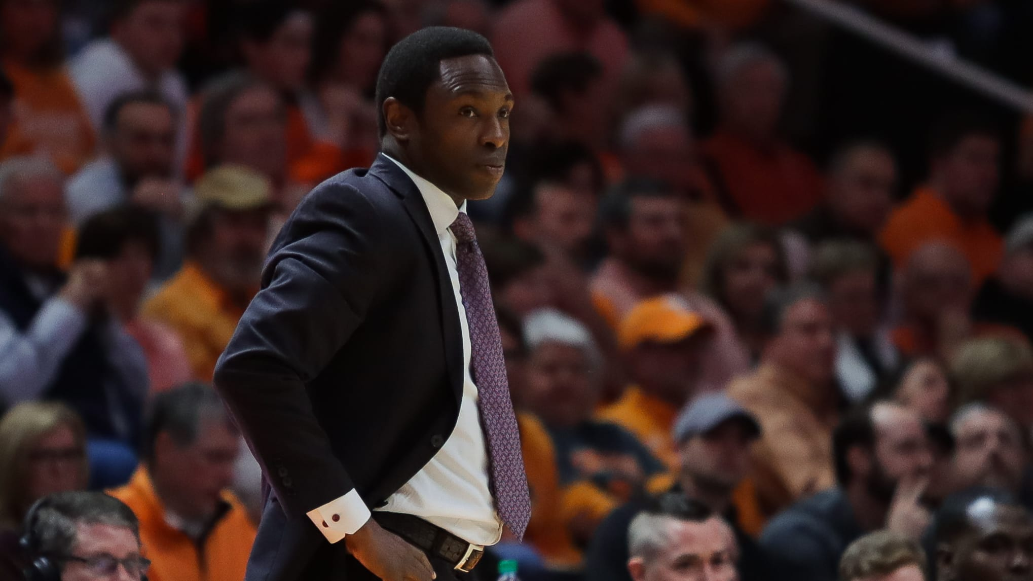 KNOXVILLE, TN - JANUARY 19: Head coach Avery Johnson of the Alabama Crimson Tide looks on during the first half of the game between the Alabama Crimson Tide and the Tennessee Volunteers at Thompson-Boling Arena on January 19, 2019 in Knoxville, Tennessee. (Photo by Donald Page/Getty Images)