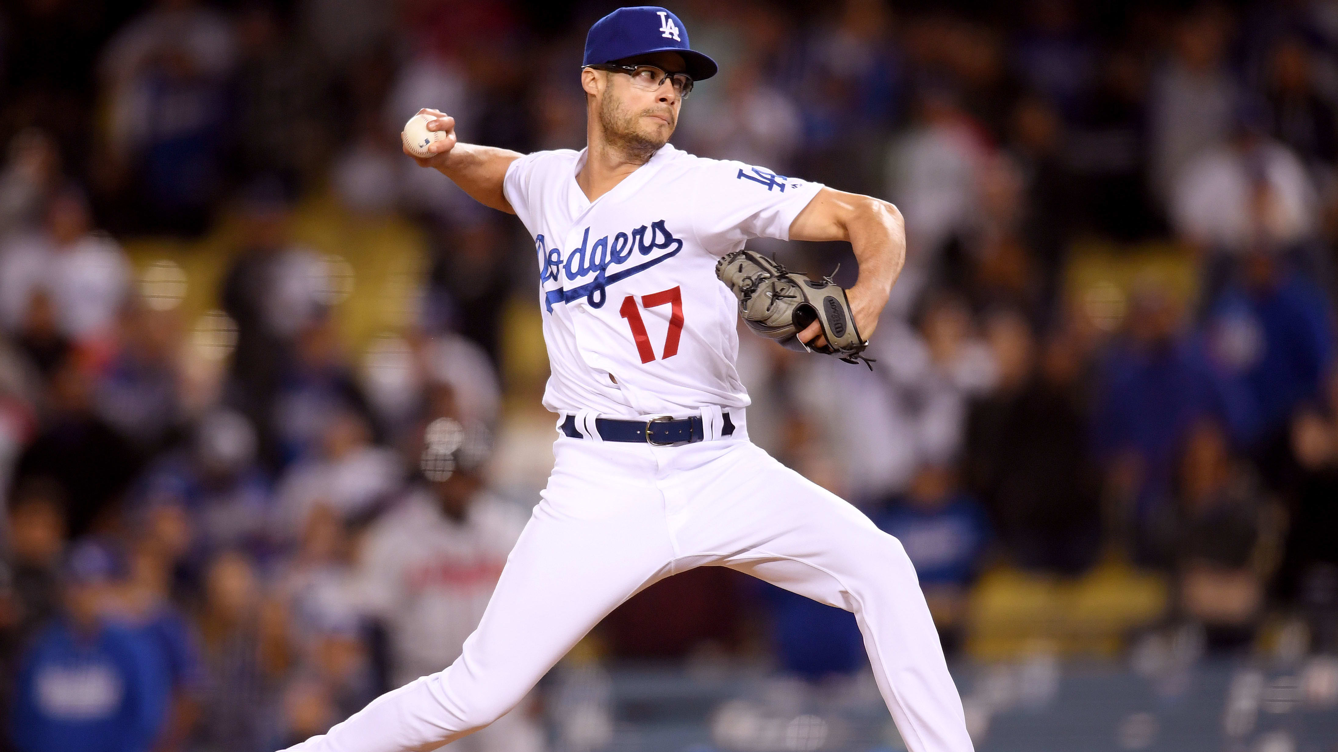 LOS ANGELES, CALIFORNIA - MAY 08:  Joe Kelly #17 of the Los Angeles Dodgers pitches in relief during the ninth inning against the Atlanta Braves at Dodger Stadium on May 08, 2019 in Los Angeles, California. (Photo by Harry How/Getty Images)