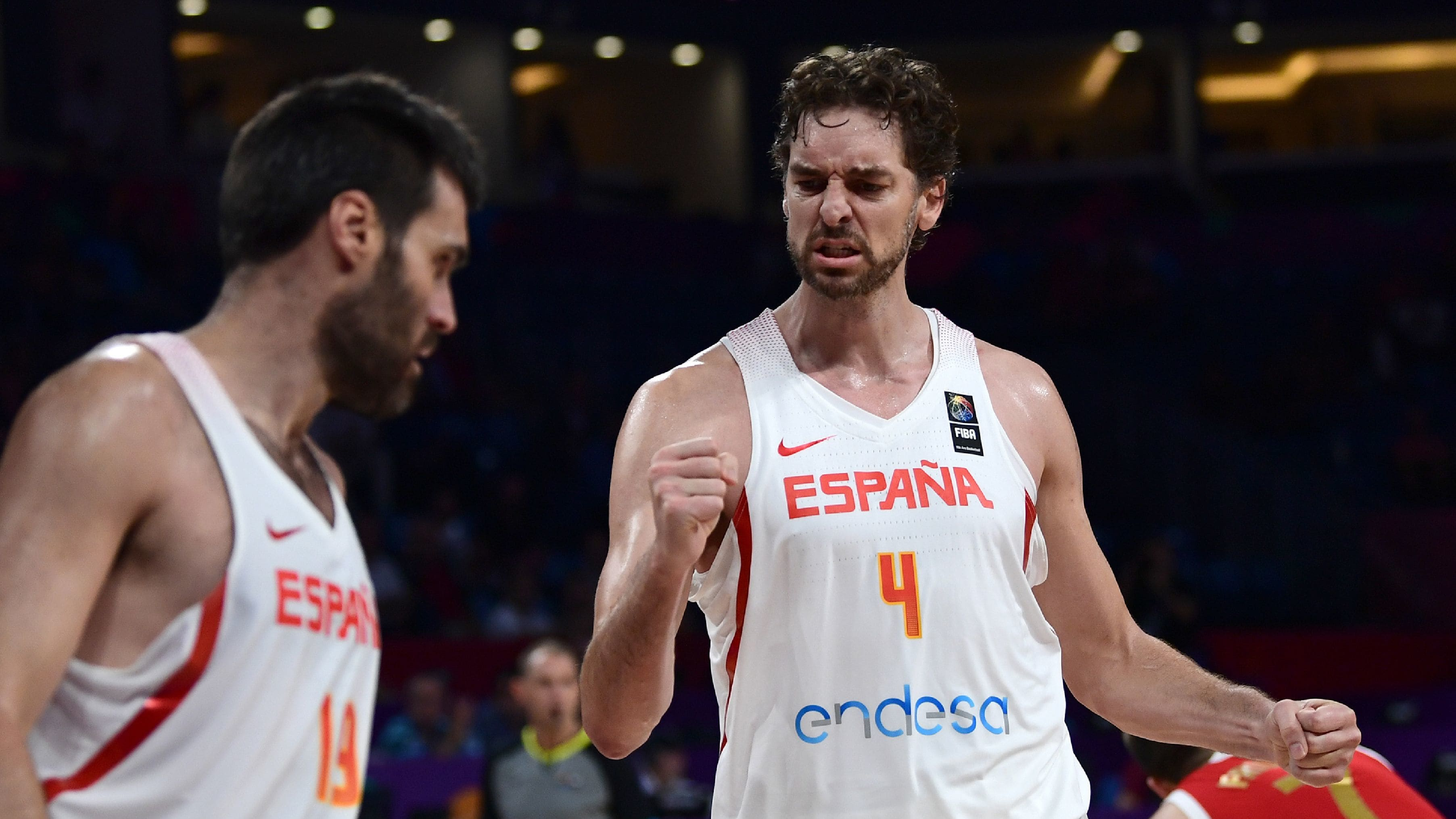 Spain's center Pau Gasol (R) reacts during the FIBA Euro basket 2017 men's 3rd game match between Spain and Russia at Fenerbahce Ulker Sport arena in Istanbul on September 17, 2017. / AFP PHOTO / OZAN KOSE        (Photo credit should read OZAN KOSE/AFP/Getty Images)