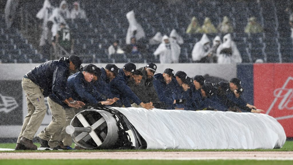 MLB Weather Report: Saturday Slate Expecting Strong Winds With White Sox vs Tigers Game Postponed