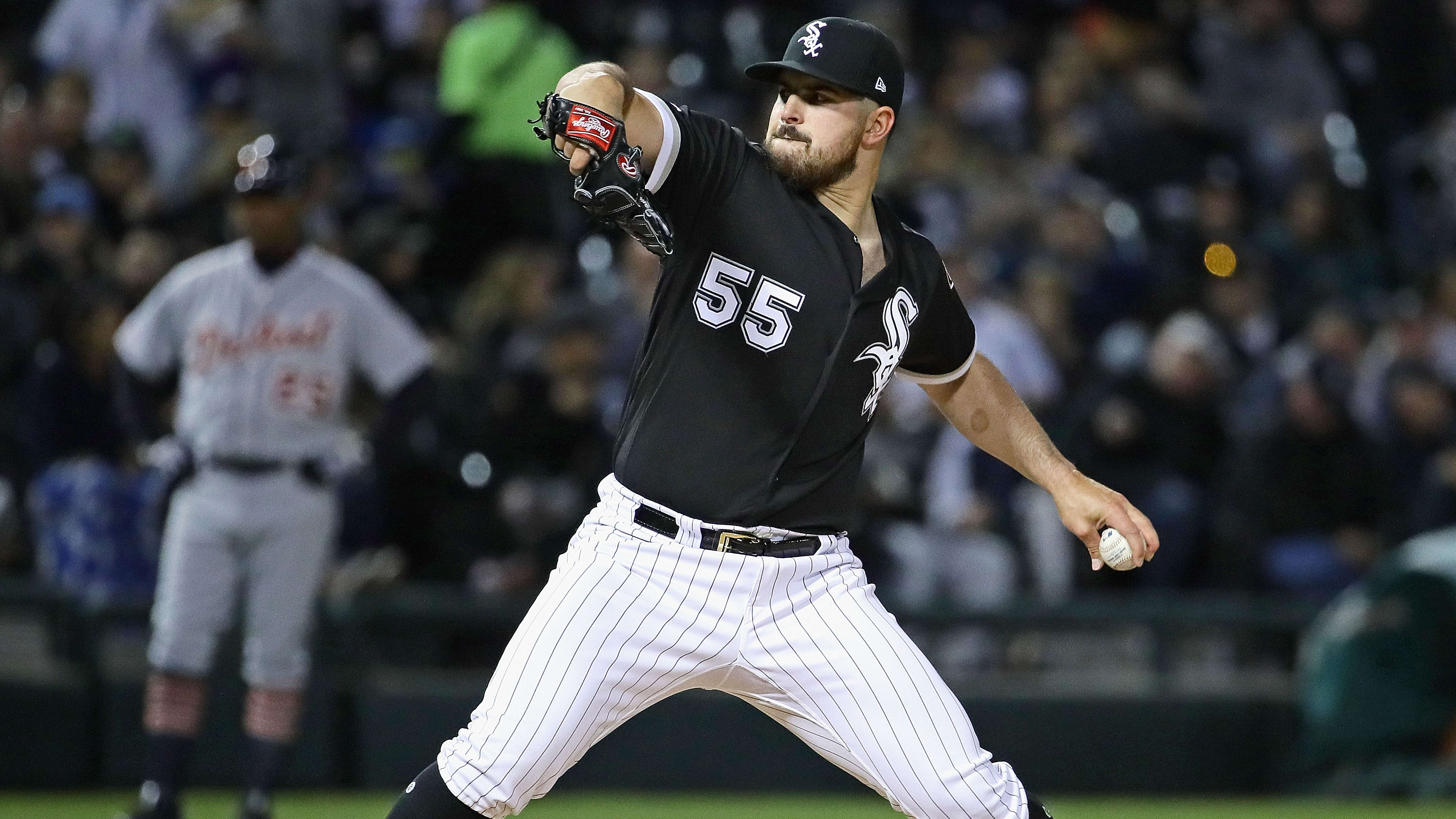 CHICAGO, ILLINOIS - APRIL 26: Starting pitcher Carlos Rodon #55 of the Chicago White Sox delivers the ball against the Detroit Tigers at Guaranteed Rate Field on April 26, 2019 in Chicago, Illinois. (Photo by Jonathan Daniel/Getty Images)
