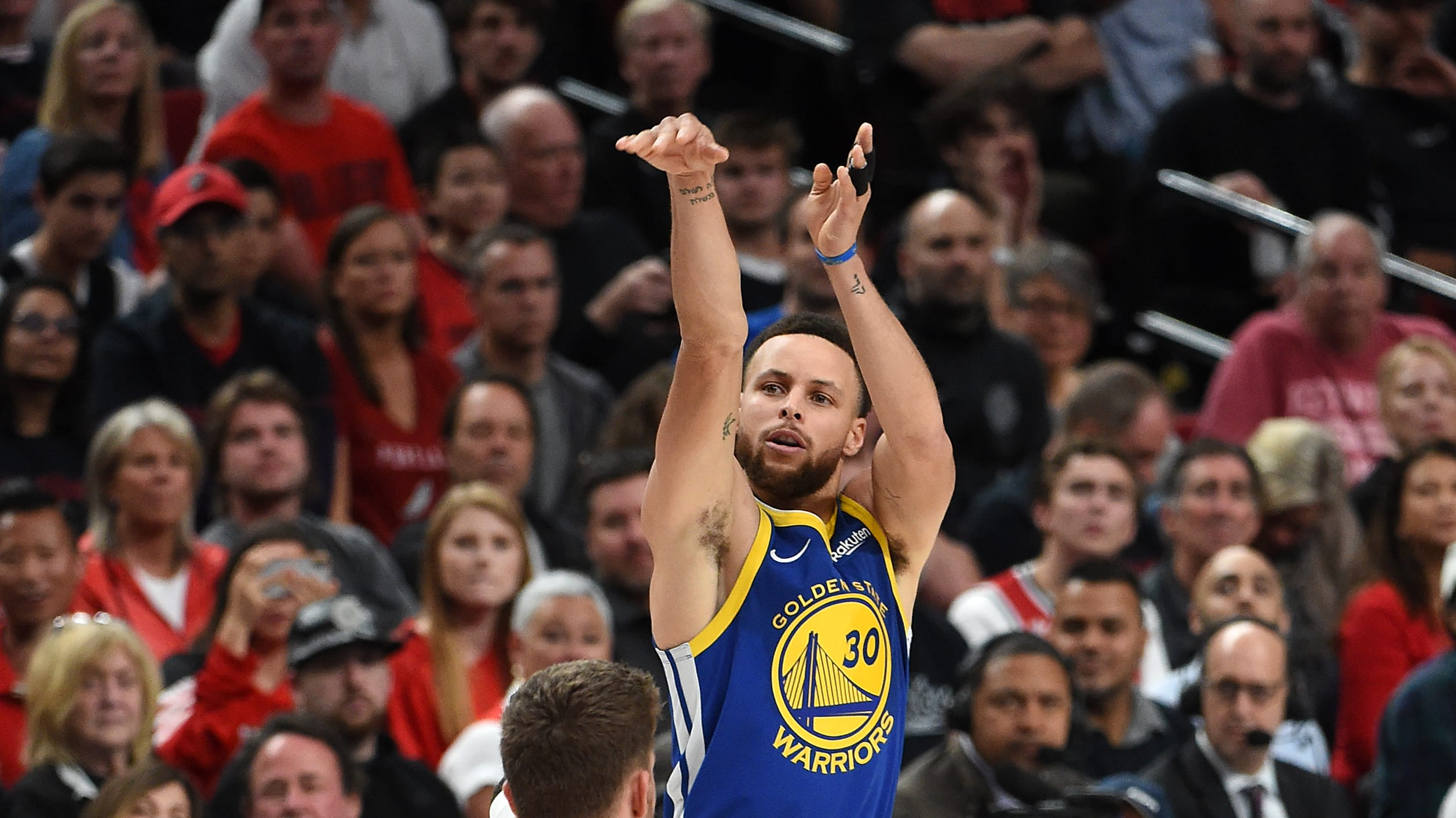 PORTLAND, OREGON - MAY 18: Stephen Curry #30 of the Golden State Warriors shoots the ball against Meyers Leonard #11 of the Portland Trail Blazers in game three of the NBA Western Conference Finals at Moda Center on May 18, 2019 in Portland, Oregon. NOTE TO USER: User expressly acknowledges and agrees that, by downloading and or using this photograph, User is consenting to the terms and conditions of the Getty Images License Agreement. (Photo by Steve Dykes/Getty Images)