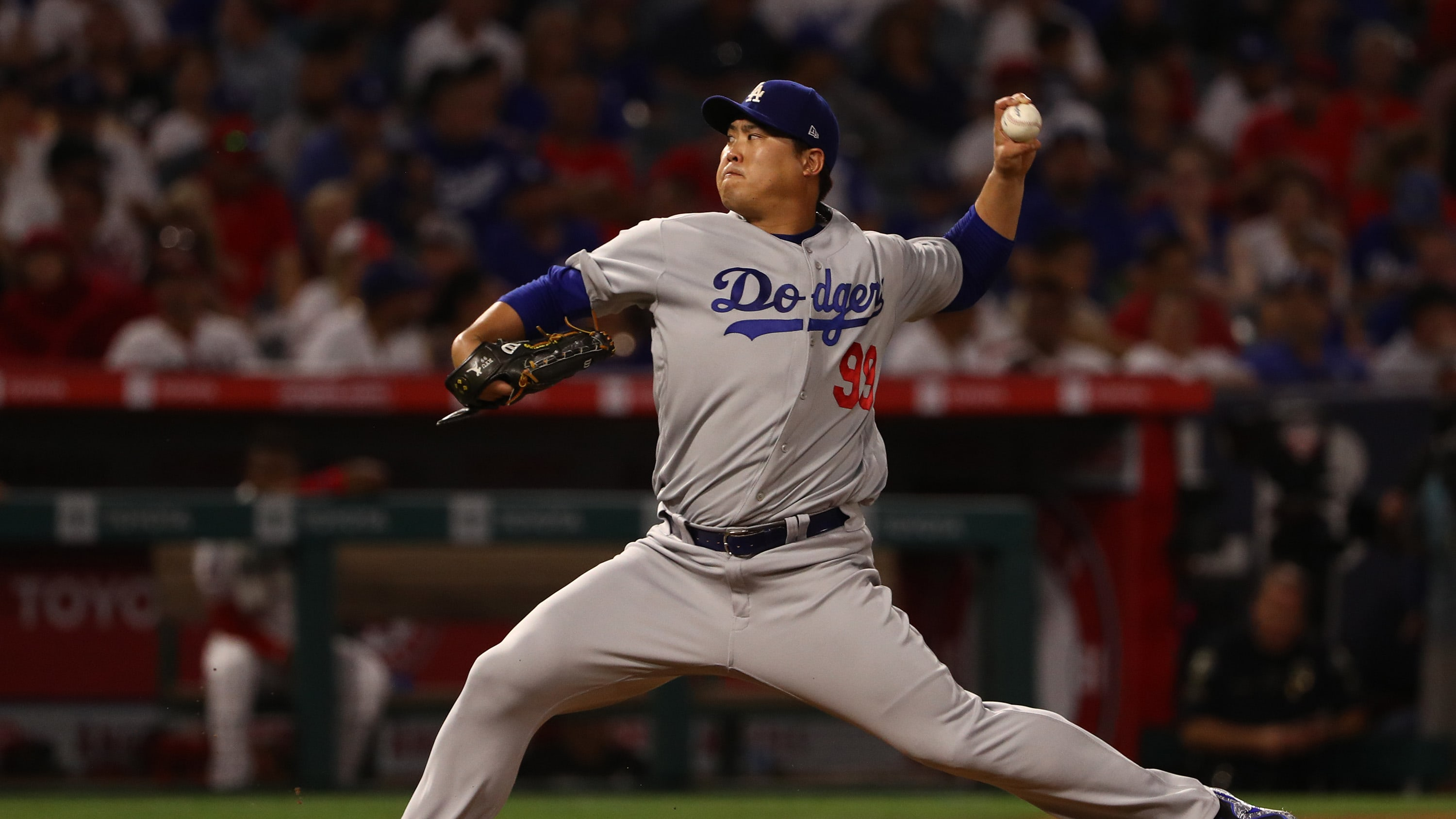 ANAHEIM, CALIFORNIA - JUNE 10: Pitcher Hyun-Jin Ryu #99 of the Los Angeles Dodgers pitches in the fourth inning of the MLB game against the Los Angeles Angels at Angel Stadium of Anaheim on June 10, 2019 in Anaheim, California. (Photo by Victor Decolongon/Getty Images)