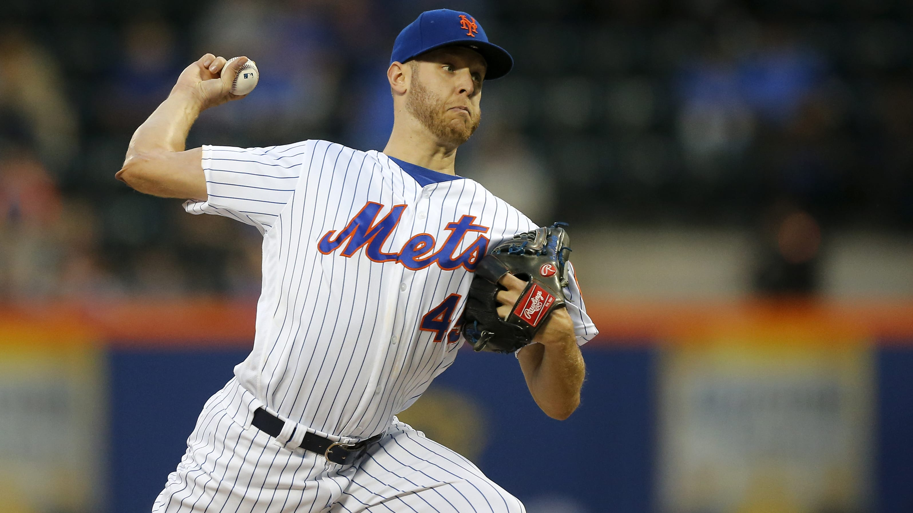 NEW YORK, NEW YORK - MAY 10:   Zack Wheeler #45 of the New York Mets delivers a pitch during the first inning against the Miami Marlins at Citi Field on May 10, 2019 in the Flushing neighborhood of the Queens borough of New York City. (Photo by Jim McIsaac/Getty Images)