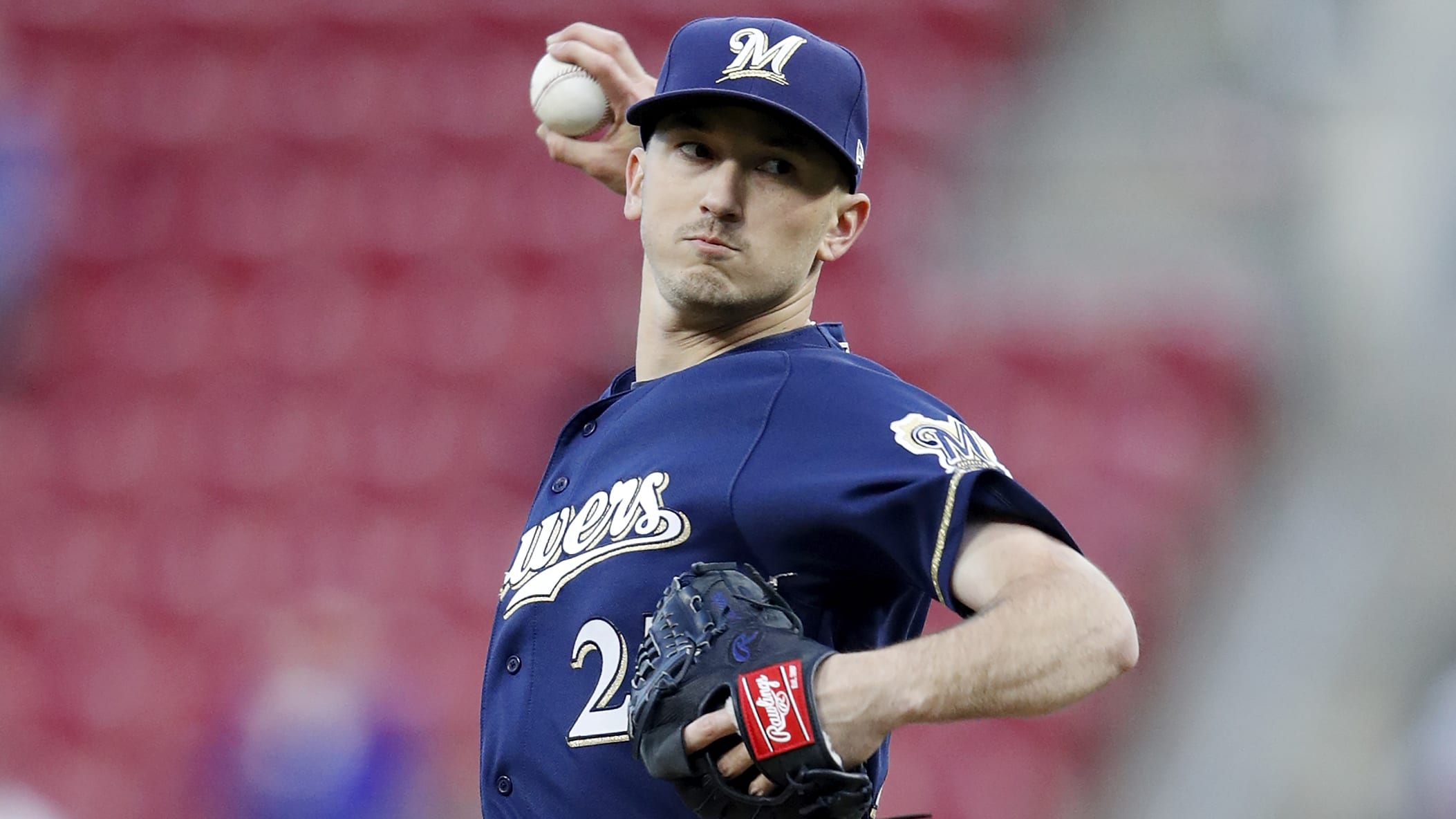 CINCINNATI, OH - APRIL 01: Zach Davies #27 of the Milwaukee Brewers pitches against the Cincinnati Reds in the second inning at Great American Ball Park on April 1, 2019 in Cincinnati, Ohio. (Photo by Joe Robbins/Getty Images)