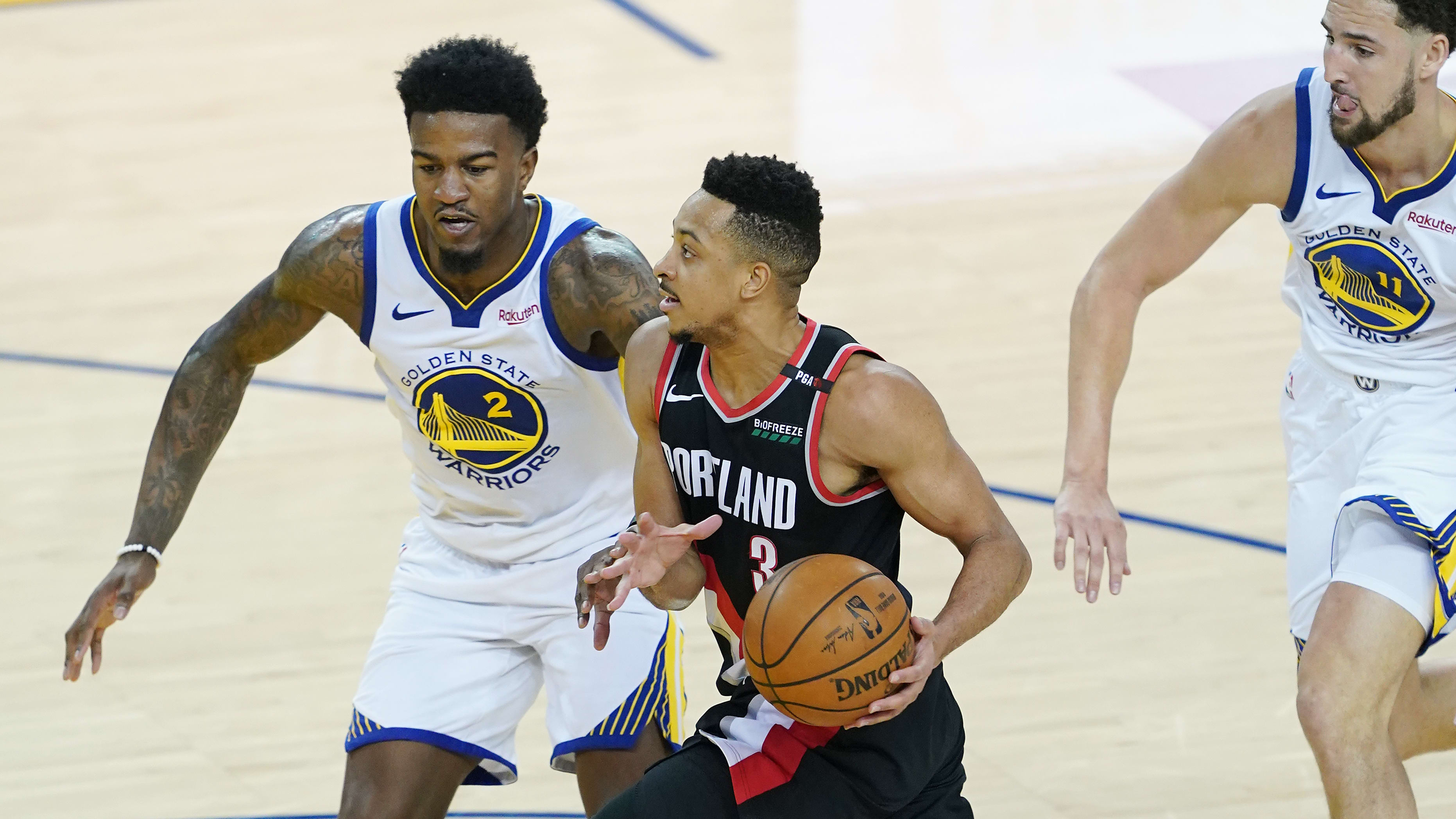 OAKLAND, CALIFORNIA - MAY 14: CJ McCollum #3 of the Portland Trail Blazers drives to the basket during the first half against the Golden State Warriors in game one of the NBA Western Conference Finals at ORACLE Arena on May 14, 2019 in Oakland, California. NOTE TO USER: User expressly acknowledges and agrees that, by downloading and or using this photograph, User is consenting to the terms and conditions of the Getty Images License Agreement. (Photo by Thearon W. Henderson/Getty Images)