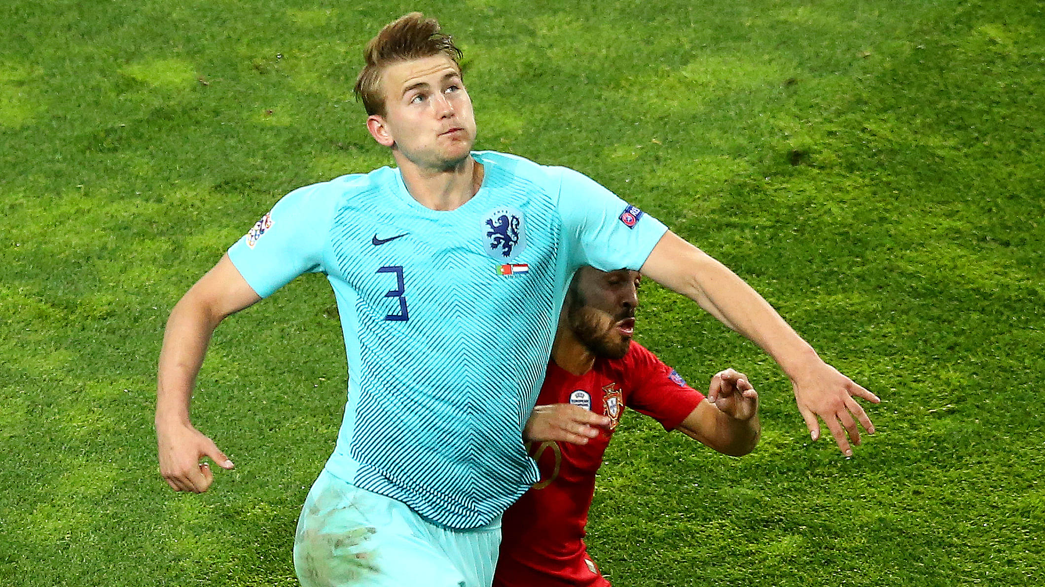 PORTO, PORTUGAL - JUNE 09: Matthijs de Ligt of the Netherlands battles for possession with Bernardo Silva of Portugal during the UEFA Nations League Final between Portugal and the Netherlands at Estadio do Dragao on June 09, 2019 in Porto, Portugal. (Photo by Jan Kruger/Getty Images)