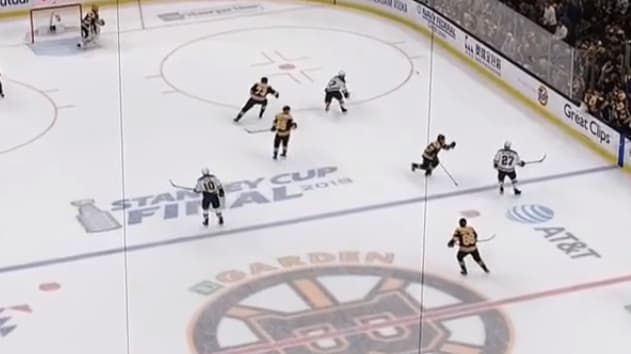 The Bruins odd timing for a line change leads to an Alex Pietrangelo goal.