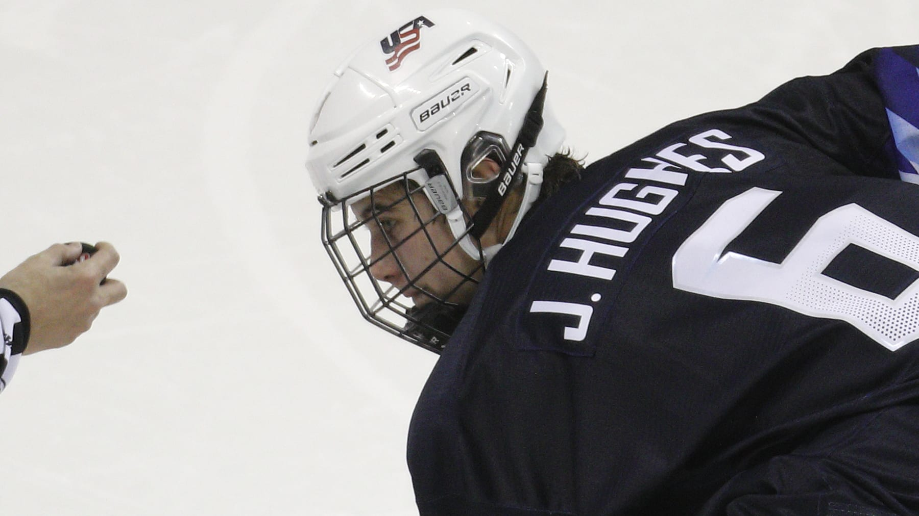 VICTORIA , BC - DECEMBER 26: Jack Hughes #6 of United States against Slovakia during the IIHF World Junior Championships at the Save-on-Foods Memorial Centre on December 26, 2018 in Victoria, British Columbia, Canada.  (Photo by Kevin Light/Getty Images)