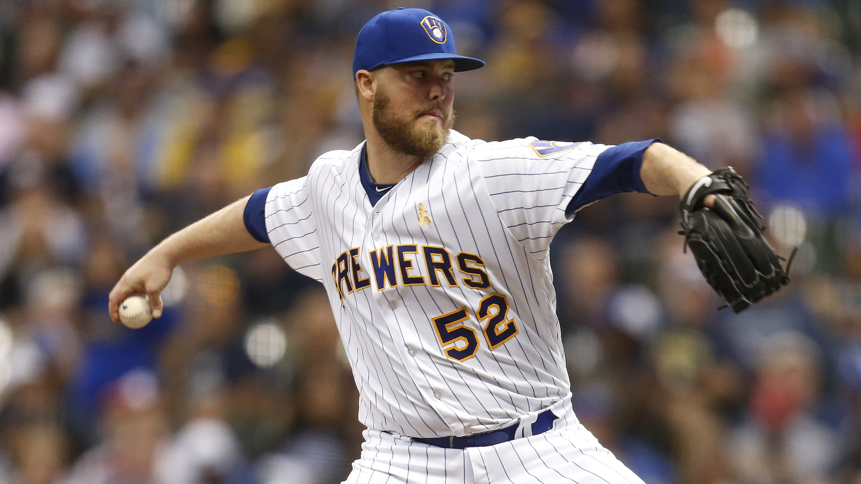 MILWAUKEE, WI - SEPTEMBER 01: Jimmy Nelson #52 of the Milwaukee Brewers pitches during the first inning against the Washington Nationals at Miller Park on September 01, 2017 in Milwaukee, WI. (Photo by Mike McGinnis/Getty Images)