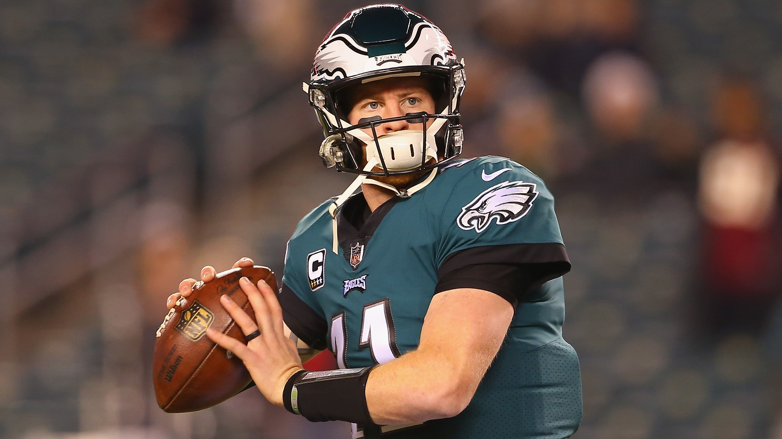 PHILADELPHIA, PA - DECEMBER 03:  Quarterback Carson Wentz #11 of the Philadelphia Eagles warms up before taking on the Washington Redskins at Lincoln Financial Field on December 3, 2018 in Philadelphia, Pennsylvania.  (Photo by Mitchell Leff/Getty Images)