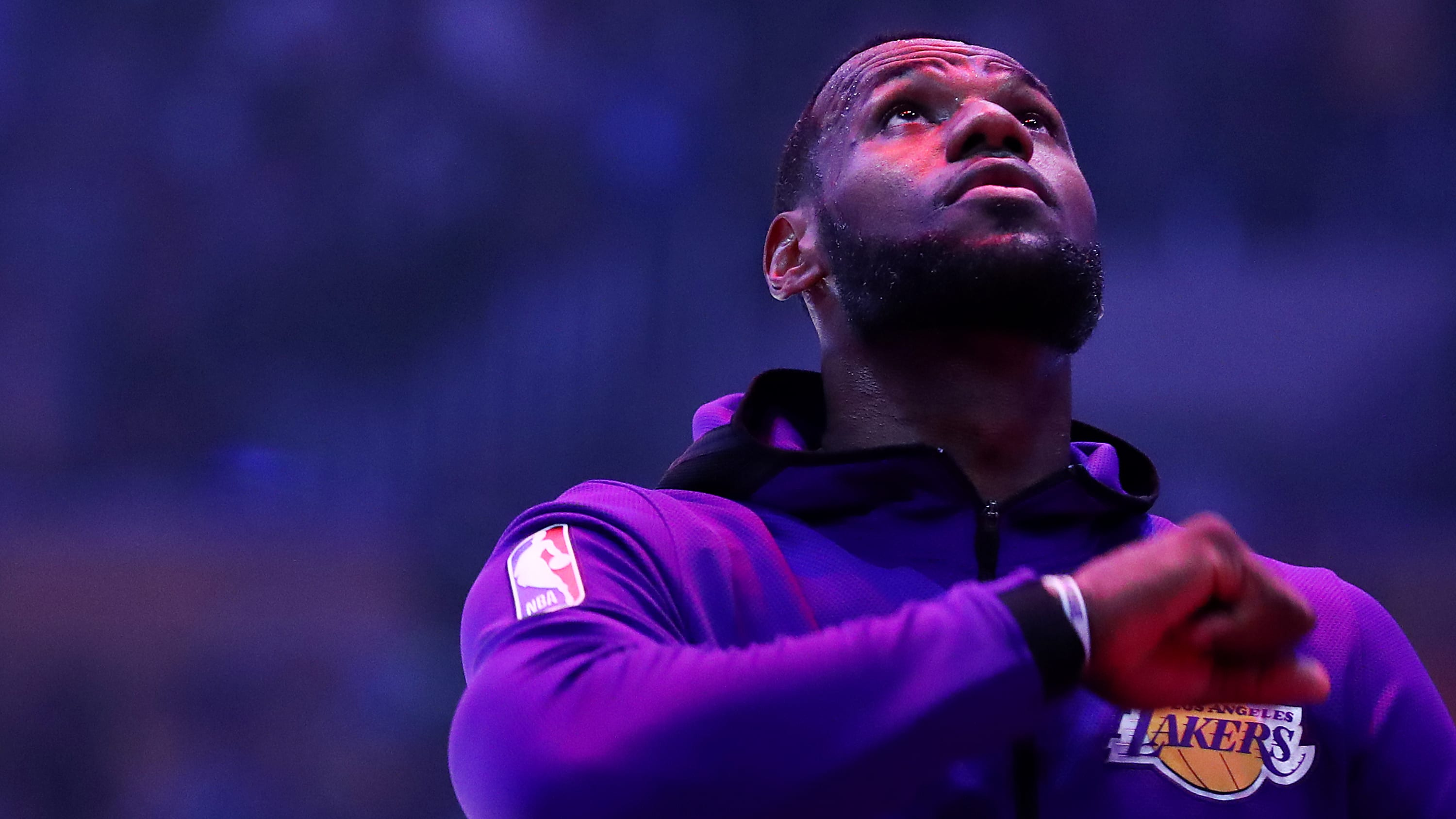 LOS ANGELES, CALIFORNIA - MARCH 26: LeBron James #23 of the Los Angeles Lakers stands for the national anthem prior to the game against the Washington Wizards at Staples Center on March 26, 2019 in Los Angeles, California. (Photo by Yong Teck Lim/Getty Images)